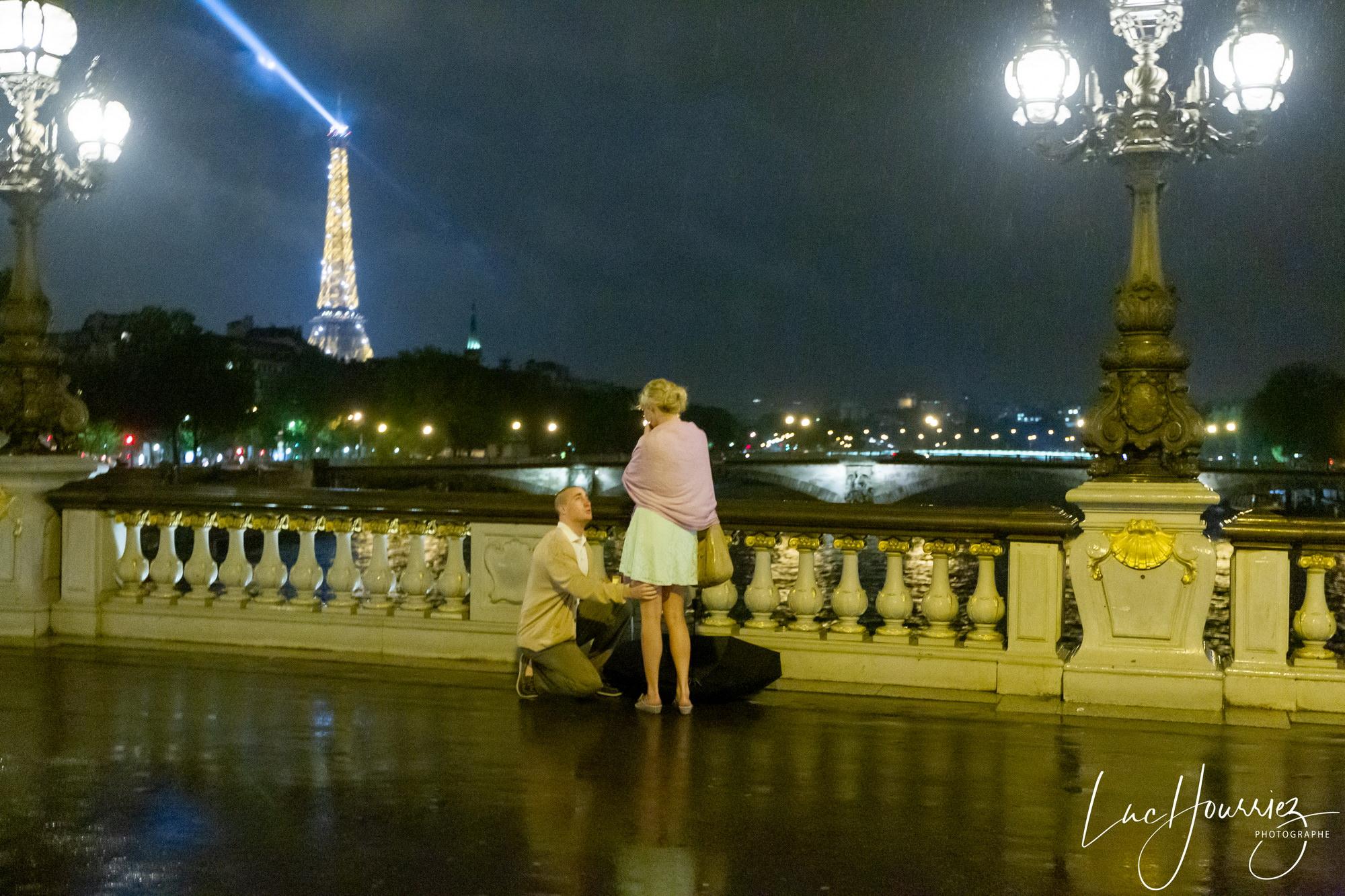 Demande-en-mariage-surprise-à-Paris