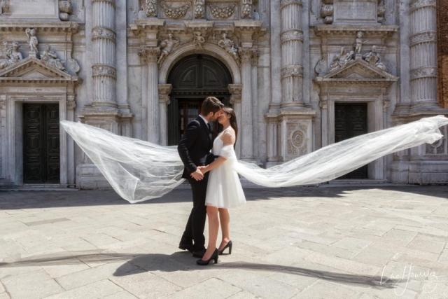 couple de mariés à Venise