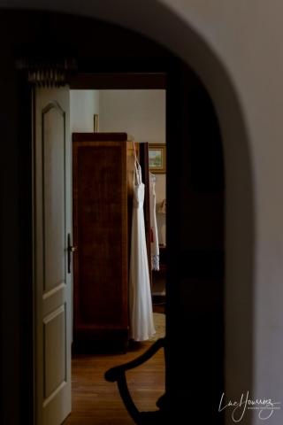 la robe n'attends plus que la mariée