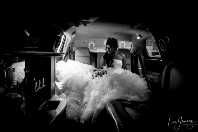 mariée dans une limousine