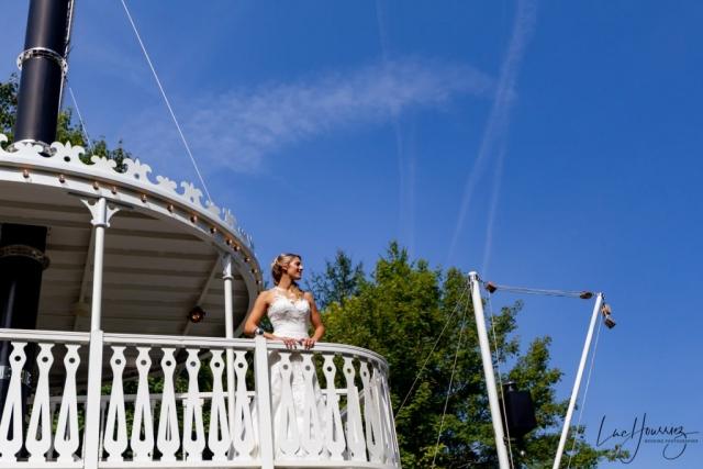 mariée sur un bateau