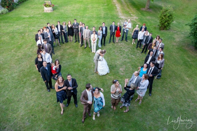 photo de groupe en forme de coeur