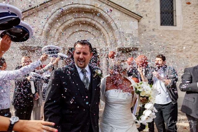 sortie eglise mariage de policiers