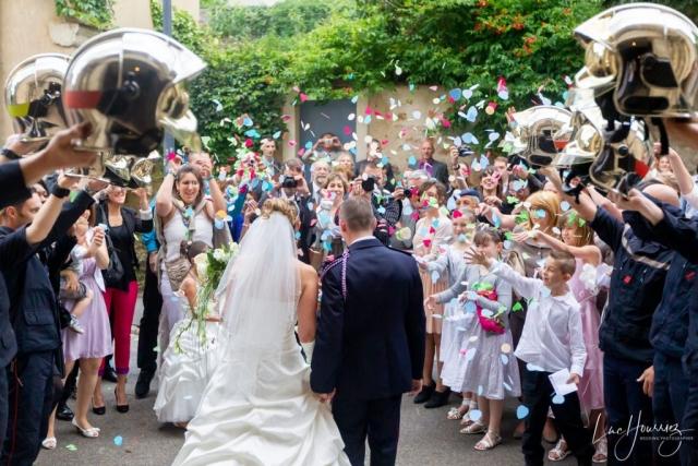sortie eglise mariage haie d'honneur pompier