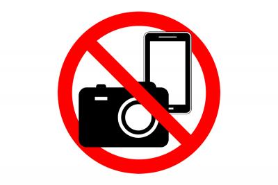 Invités de mariage : profitez de la journée et rangez vos téléphones et appareils photo
